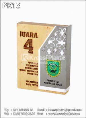 Plakat Kayu Kecamatan Berprestasi Kabupaten Berau 2019