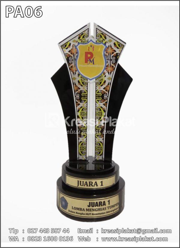 Piala Lomba Menghias Tumpeng