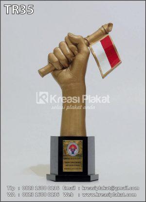 Piala Bentuk Tangan | Trophy Syailendra Kemenpora