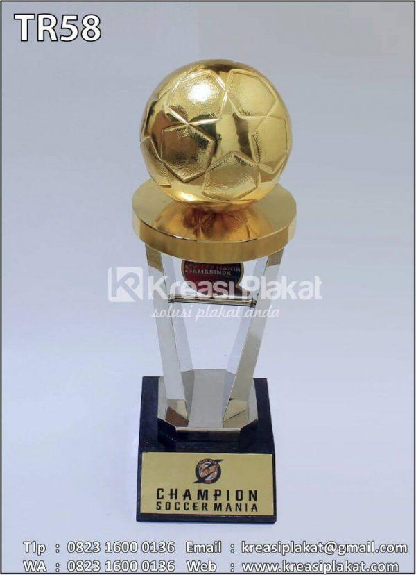 Custom Piala Bergilir Sepakbola