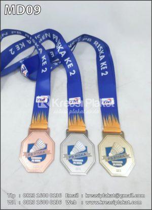 Medali Badminton Turna...