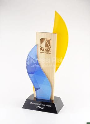 Read more about the article Kiat dalam Membuat Piala Trophy yang Bisa Diikuti