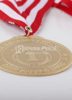 Read more about the article Custom Medali Terbaik dan Termurah untuk Kebutuhan Bisnis Anda