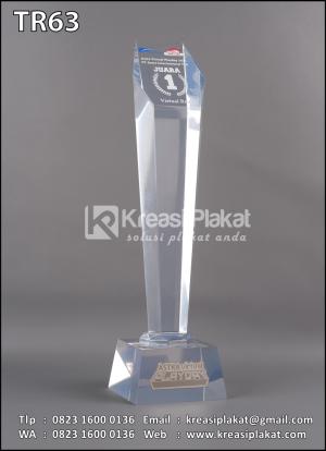 Piala Resin Pengha...
